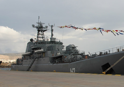 Landing-Ship-Novocherkassk-Visits-Greek-Port-Piraeus