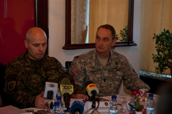 u-s-army-europe-command-sgt-maj-davis-s-davenport-sits-next-to-the-command-sg