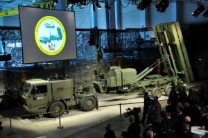 05-MEADS-launcher-rollout-ceremony-MBDA-Deutschland-lg1