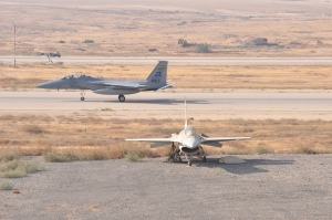 EUCOM-US-IDF-EXERCISE-STALLION-13-PLANE