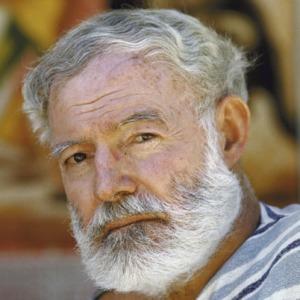 Ernest-Hemingway-9334498-1-402