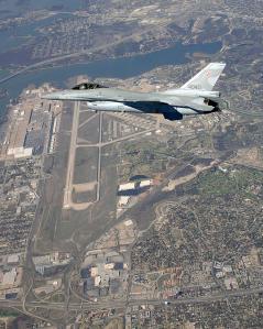 pol F16 02 big
