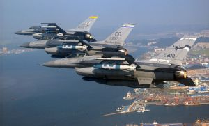 800px-US_Air_National_Guard_F-16s_over_Kunsan,_ROK