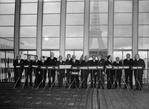 Signing of the Protocol of accession (the Paris Agreements): the Federal Republic of Germany is invited to join NATO.